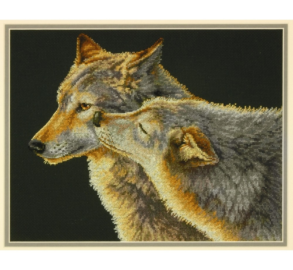 Wolf Kiss Cross Stitch Kit: Cross stitch (Dimensions, D70-35283)