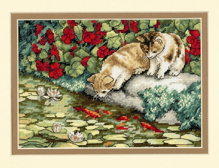 Kitten Reflections - Dimensions Cross Stitch Kit